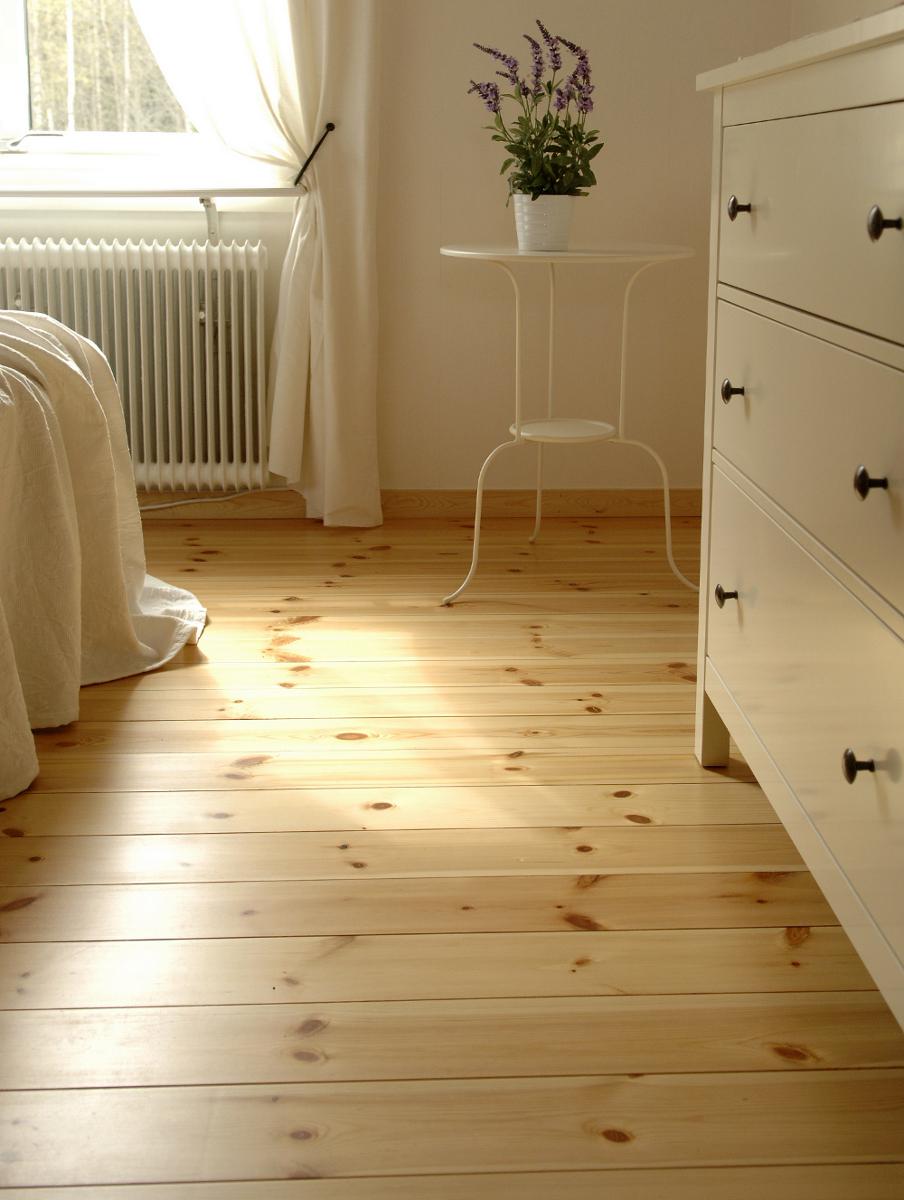 massivholzdielen massivholzdiele kiefer erfurtholz. Black Bedroom Furniture Sets. Home Design Ideas
